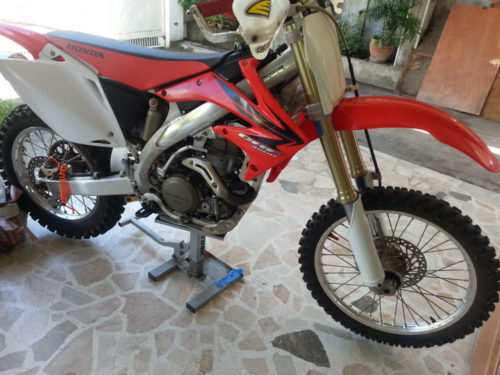 Clean Honda CRF 450R